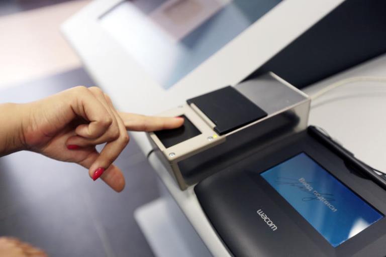 Консульские учреждения Польши в Беларуси сегодня не принимают заявления на визы